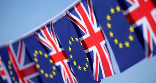 Referendum Brexit, sondaggi choc. L'esito non è più scontato e il presidente della UE, Donald Tusk, accusa le
