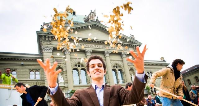 Referendum Svizzera boccia reddito minimo garantito