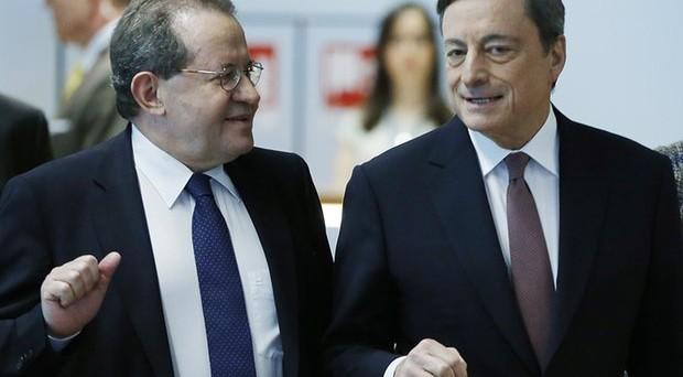 Banche europee in rivolta contro i tassi negativi di Mario Draghi. Un colosso ha annunciato una misura shock.