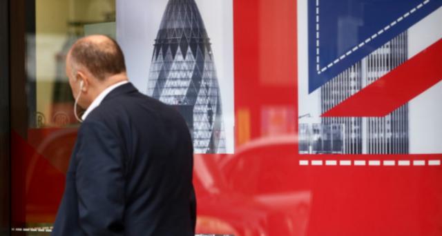 La Brexit ha prodotto sinora più tensioni finanziarie sui mercati UE che non a Londra. Perché il conto sembra che lo paghiamo noi e non i britannici?