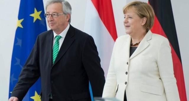 Germania contro Commissione europea, chiede più rigore e uno stop all'integrazione politica. Berlino vuole riappropriarsi della gestione dei principali dossier, non si fida più di Jean-Claude Juncker.