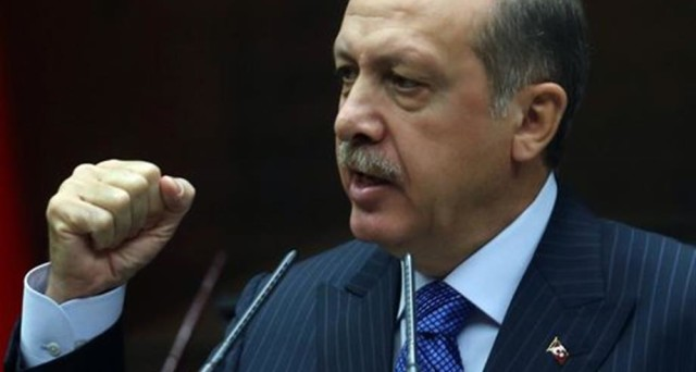 La Turchia vara lo stato di emergenza di 3 mesi, ma il presidente Erdogan cerca di rassicurare i mercati. Lira turca ai minimi storici.