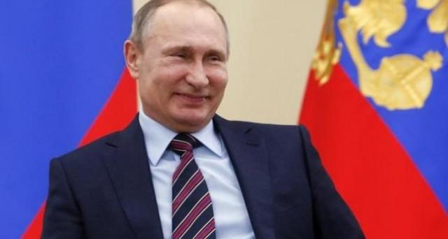 Vladimir Putin è uscito dall'isolamento internazionale. Le sue carte si chiamano Brexit, Turchia e Trump per ora.