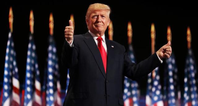 Elezioni USA, Donald Trump accetta la nomination e presenta il suo piano di taglio massiccio delle tasse. Confrontiamolo con quello di Hillary Clinton.