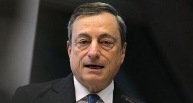 Gli stimoli monetari della BCE stanno finendo, Mario Draghi dovrà tagliare ancora i tassi, nonostante ciò sia ormai avvertito più come un danno che come beneficio.