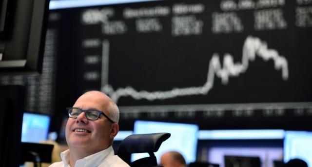 Tassi negativi contro alto debito mondiale?