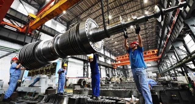 Industria: Istat, +2,1% fatturato in luglio, -10,8% ordinativi -3