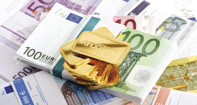 Il prezzo dell'oro ha guadagnato il 25% quest'anno, ma sul valore futuro non ci sarebbero certezze. E dalla Germania arriva la proposta dell'euro-oro, temendosi una crisi.