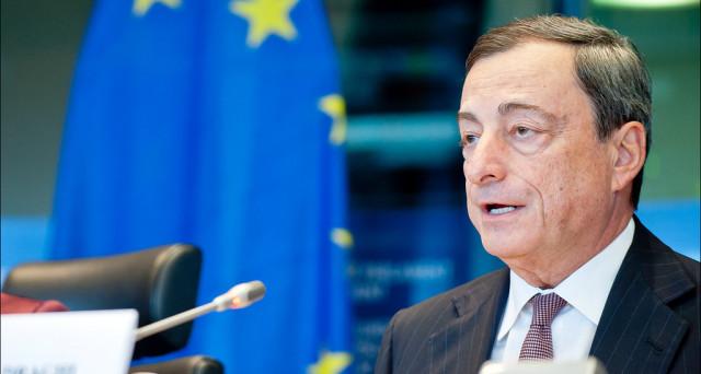 Sulla flessibilità invocata dal governo Renzi, Mario Draghi ha una posizione chiara: niente nuovi margini ai paesi indebitati, semmai meno austerità in Germania.