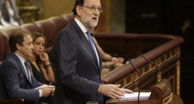 La Spagna corre verso le sue terze elezioni politiche in meno di un anno. Il premier uscente Mariano Rajoy non ottiene la fiducia, ma la sinistra spagnola non sa cosa fare.