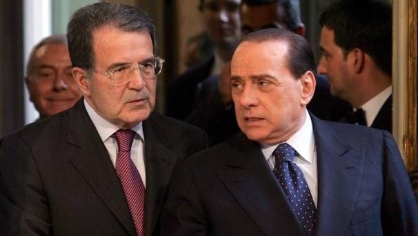 Al referendum costituzionale quali sarà la posizione effettiva di Romando Prodi e di Silvio Berlusconi. I retroscena ci dipingono una realtà meno scontata di quel che sembra.