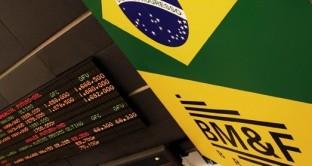 I mercati in Brasile sono in rally, grazie all'agenda riformatrice del nuovo governo post-impeachment. Il real sale ai massimi da 15 mesi contro il dollaro e i rendimenti dei bond crollano ai minimi da oltre 2 anni.