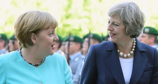 La Brexit continua a dividere UE e Regno Unito. La Germania ordina ai suoi diplomatici di evitare ogni discussione anche informale sul caso con i britannici, mentre il premier May chiede