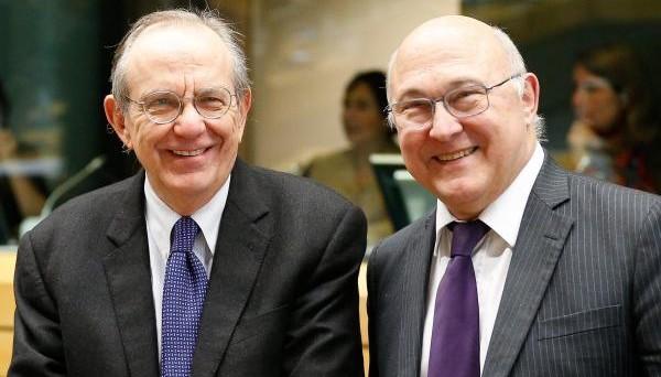 L'Italia rischia una lettera di richiamo dalla UE sulla legge di bilancio 2017, che non rispetta gli impegni assunti in sede europea. La differenza con i conti di Bruxelles arriva fino a 14 miliardi.