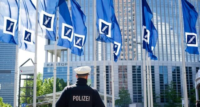 I derivati di Deutsche Bank allarmano il mondo finanziario, ma se alla fine scoprissimo che non siano il vero problema? Ecco i numeri e cerchiamo di capirci meglio.