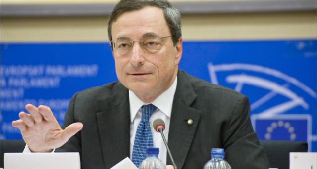 Riunione della BCE oggi. Vediamo le attese sul quantitative easing e sui tassi. Mario Draghi dovrà barcamenarsi in un difficile equilibrio tra freno e acceleratore.
