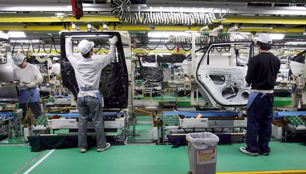 Balzo di fatturato e ordini dell'industria in agosto, ma il mese è tipicamente volatile.