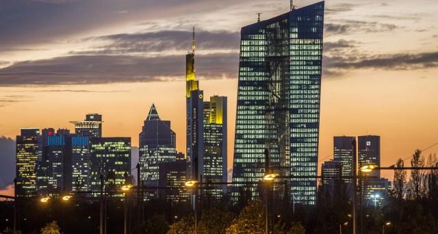 Obbligazioni bancarie, BCE dimezza importi accettati