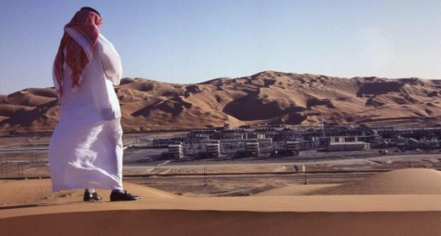 I prezzi del petrolio sono tornati intorno ai 50 dollari, ma sembra eccessivo l'ottimismo sull'accordo OPEC di settimana scorsa. L'Arabia Saudita segnala di non credere a un rally.