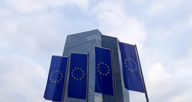 La curva dei rendimenti dei bond nell'Eurozona diventa più ripida. E' il segnale di una incipiente normalizzazione o vi sono dietro altre cause?