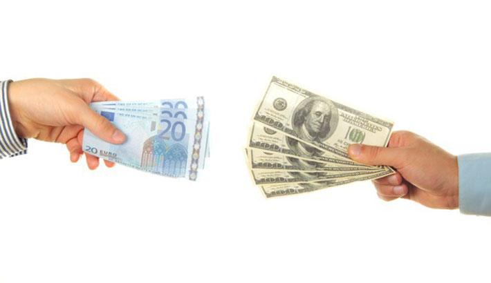 La parità tra euro e dollaro non si esclude più con Trump presidente