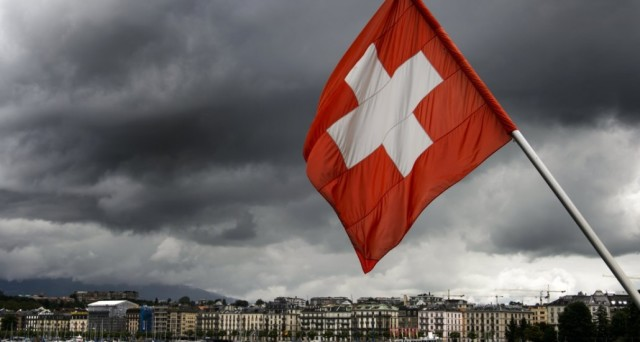 SNB interviene contro super-franco