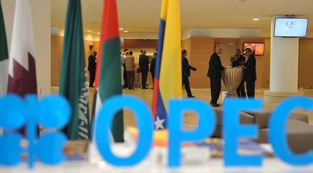 Petrolio accelera: accordo OPEC in dirittura d'arrivo