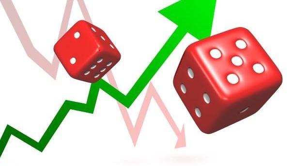 Spread BTp-Bund ai massimi da oltre due anni, fuga dai titoli di stato italiani, rendimenti decennali al 2,14%.