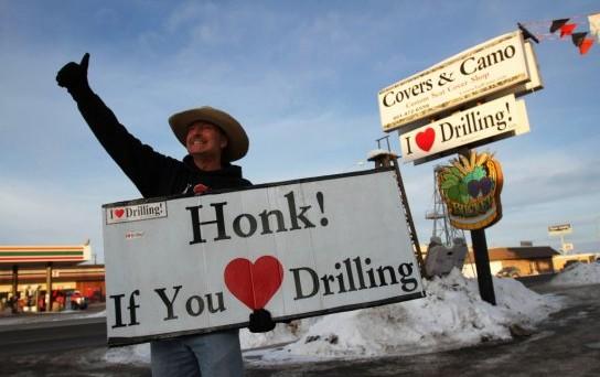 Scoperto in Texas il più grande giacimento di petrolio nella storia americana, il cui valore sarebbe di almeno 900 miliardi di dollari. Eppure, le basse quotazioni potrebbero creare problemi.