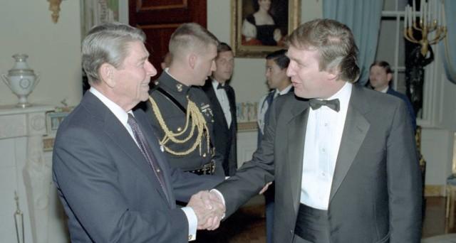 Donald Trump è come Ronald Reagan? Attenzione, perché per l'Italia non sarebbe una buona notizia la similitudine con gli anni Ottanta.