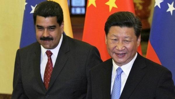 Il petrolio non salverà il Venezuela, dove il cambio è precipitato a livelli record. La Cina pretende ora 800.000 barili al giorno per i crediti concessi.