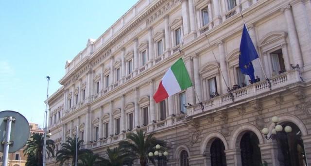 Dalle dimissioni di Matteo Renzi, le azioni delle banche italiane sono salite del 20%. Perché?