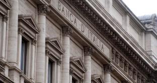 Banche, sofferenze attese in calo di 16 miliardi al 2018