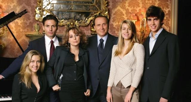 La famiglia Berlusconi può davvero perdere la proprietà di Mediaset? Vediamo le varie ipotesi, ma Fininvest certamente ha da tremare.