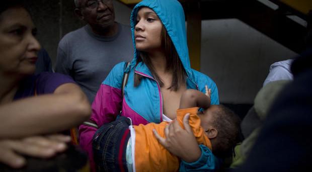 Il default del Venezuela sarebbe la conseguenza logica della gravissima crisi economica e finanziaria di Caracas di questi mesi. Ma perché il governo Maduro vuole evitarlo a ogni costo?