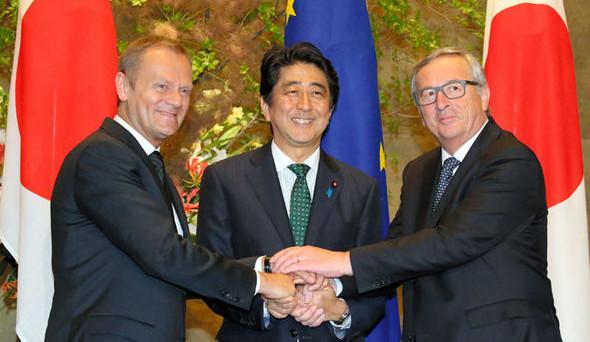 Accordo di libero scambio entro l'anno tra UE e Giappone. Così, due tra le più grandi economie al mondo reagiscono ai venti di protezionismo.