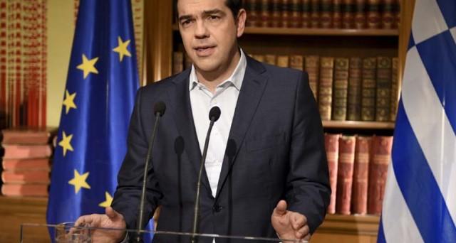 La Grecia potrebbe andare alle elezioni anticipate l'anno prossimo, mentre il governo Tsipras attacca il Fondo Monetario Internazionale sull'austerità. Syriza crolla nei sondaggi.