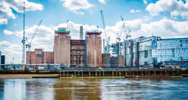 La bolla immobiliare a Londra potrebbe scoppiare nel 2017, mentre già i prezzi delle case crescono meno della media nazionale. Non accadeva dal 2008, quando il mercato entrò in crisi.