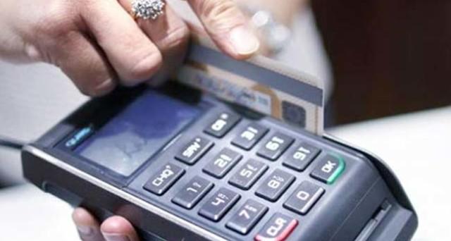 I pagamenti online saranno incentivati con sconti rispetto alle transazioni in contante. L'India compie un altro passo contro il cash, ma le misure potrebbero essere imitate anche da noi.