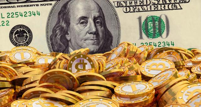 Le previsioni sui Bitcoin hanno a che vedere con il dollaro. Vediamo quale sarebbe il loro legame e se i prezzi potranno salire dopo il tonfo delle ultime sedute.