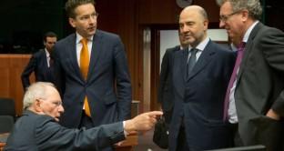 Matteo Renzi dovrebbe twittare sui 3,4 miliardi richiesti dalla Commissione europea come manovra correttiva dei nostri conti pubblici, nonché del declassamento del rating sovrano di Dbrs.