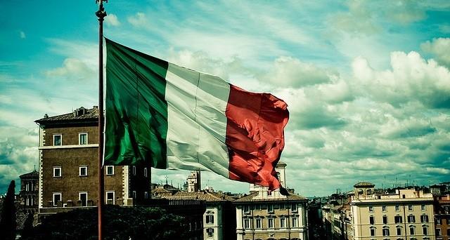 Le voci di una rottura dell'Eurozona iniziano ad essere sempre meno fantasiose. L'Italia è considerata l'economia più esposta al rischio di uscita dall'euro, ma si parla anche di divisione dell'area in due blocchi.