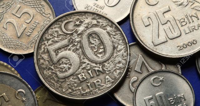 Iniziato male il 2017 per la lira turca, che a gennaio ha perso il 7% contro il dollaro. L'inflazione attesa in netto rialzo e il debito sovrano di Ankara è stato declassato a