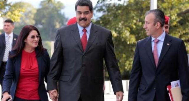Nel bel mezzo di una crisi economica gravissima, il presidente Maduro rimpasta il governo del Venezuela. Cambia qualche nome, ma la sostanza è la stessa.
