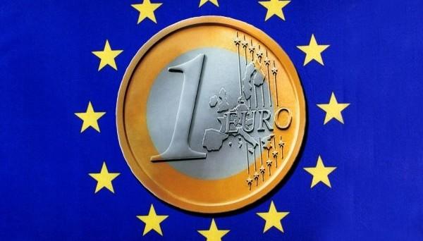 Cambio euro-dollaro ai minimi da inizio gennaio. Il mercato avverte rischi politici crescenti sul calendario elettorale europeo, nonché sconta un possibile nuovo rialzo dei tassi USA a marzo.