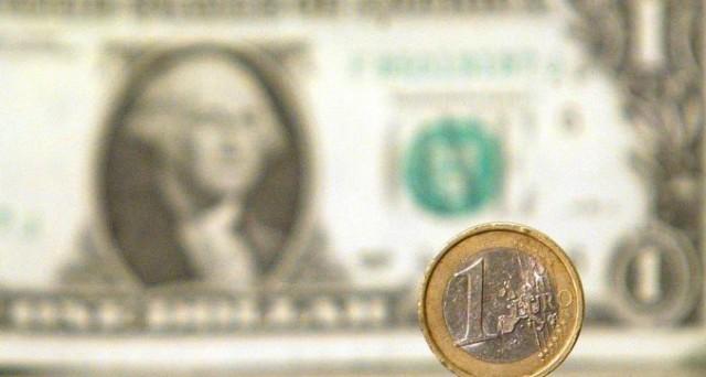 La Fed potrebbe alzare ancora i tassi a marzo e il cambio euro-dollaro scende ai minimi da un mese. Il governatore Janet Yellen ha anche espresso cautela.
