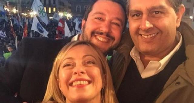 Il centro-destra medita una lista unica alle prossime elezioni e potrebbe anche vincerle, ma il PD di Matteo Renzi già prepara la polpetta avvelenata.