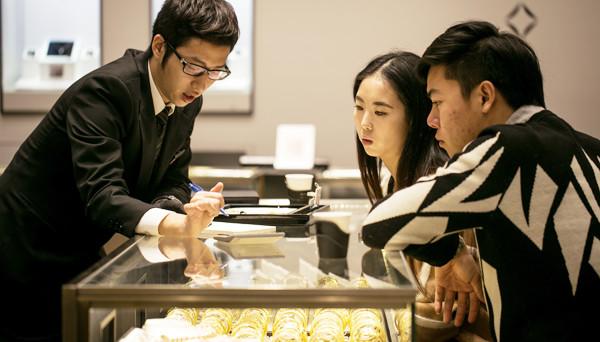 Le vendite di diamanti si sono riprese e il mercato cinese si mostra molto interessante, specie per i suoi giovani. E tra qualche anno arriva il picco della produzione di pietre preziose, seguito dal declino.