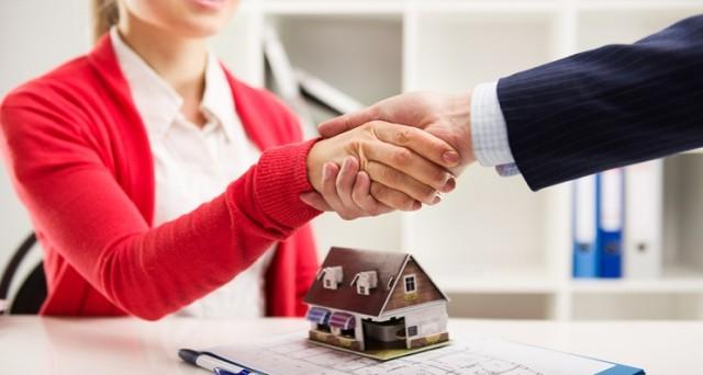 I mutui a tasso fisso sono diventati più costosi anche a gennaio. Il trend appare chiaro, ma anche l'opzione a tasso variabile prima o poi ne risentirà.