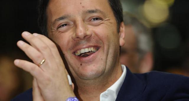Il piano del segretario del PD, Matteo Renzi, passa per le primarie subito e le elezioni anticipate a giugno. Obiettivo: sbarazzarsi degli oppositori interni, anche al costo di trascinare l'Italia nel baratro.